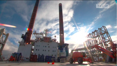 Video: Skib sætter skub i vindmøllepark